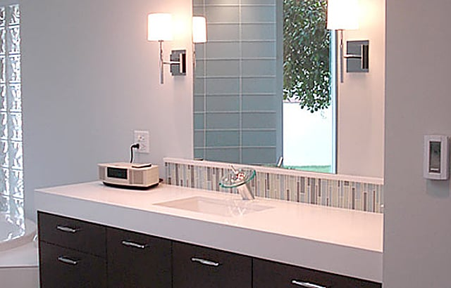Contemporary Style & Natural Light for a Master Bath That Shines