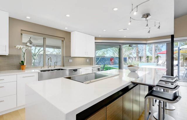Contemporary-Kitchens-22
