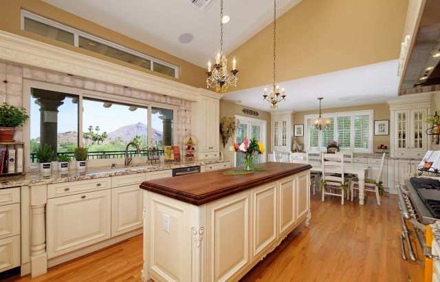 Traditional Kitchens 02