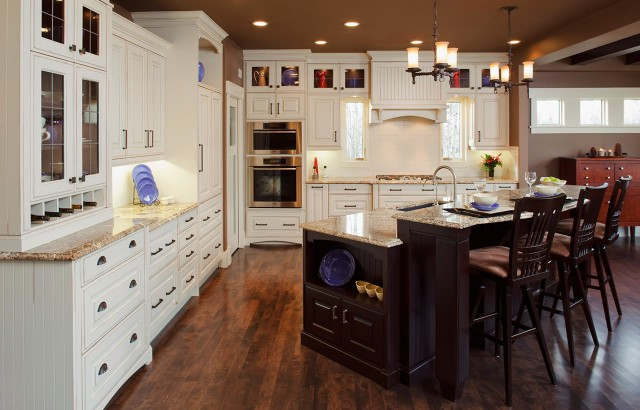 Traditional-Kitchens-19