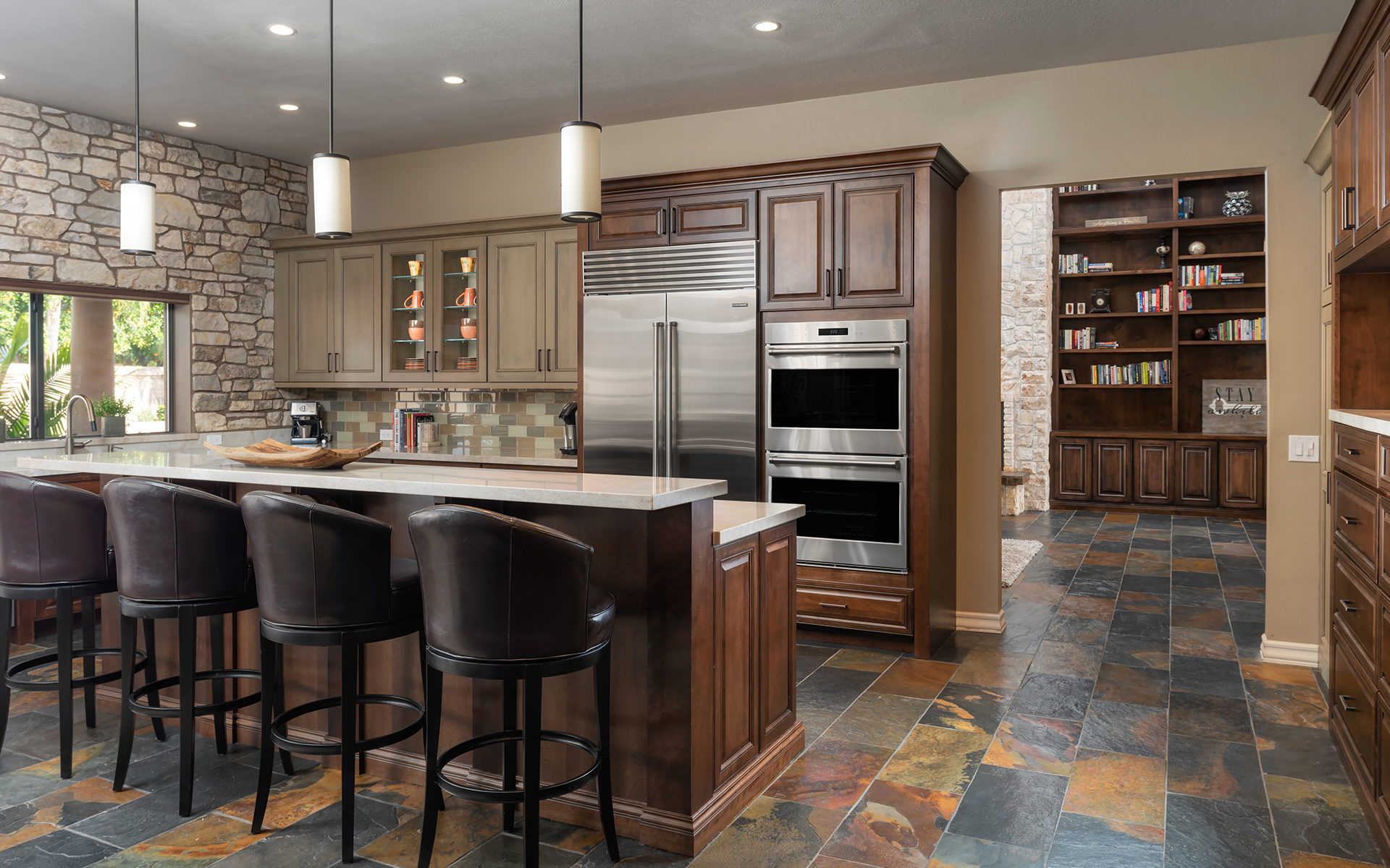 Traditional-Kitchens-27